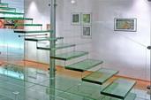 Стеклянные полы, ступени и лестницы из стекла