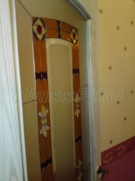 Витраж Тиффани, декоративное остекление межкомнатной двери, квартира