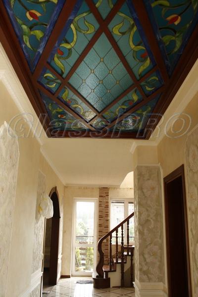 Витраж Тиффани, декоративный подвесной потолок с подсветкой