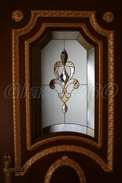 Витраж Тиффани, фрагмент, интерьерная дверь, частный дом