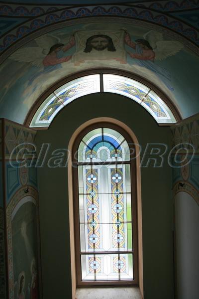 Витраж Тиффани, окно и фрамуга, часовня - Киевская область