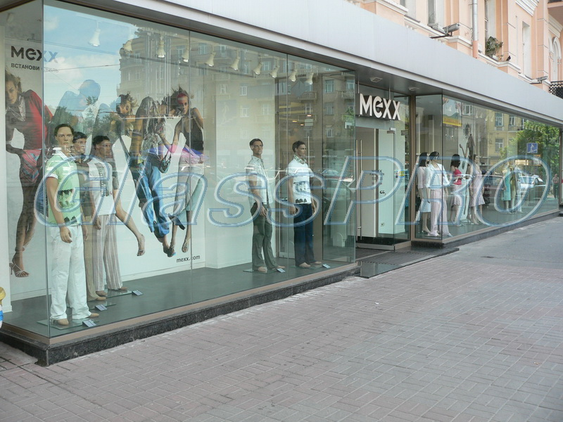 "All-glass showcase, mono glazing,""MEXX"" clothing salon - Kyiv"