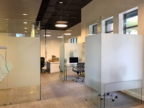 Glass office partitions without doors