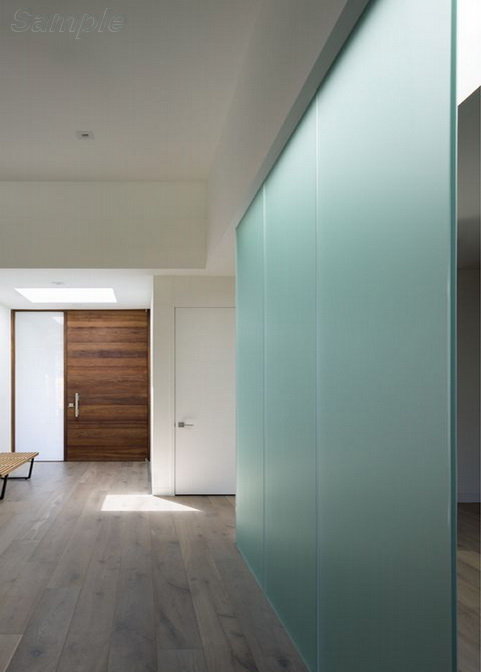 Glass partition in a private house