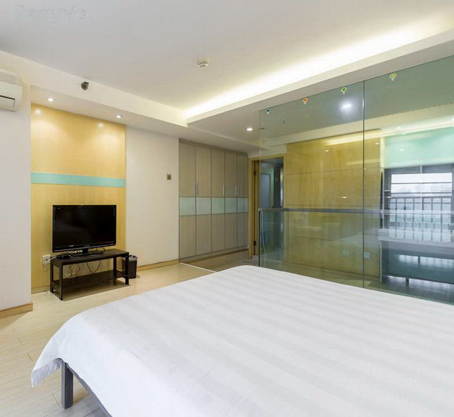 Glass partitions in a two-story apartment