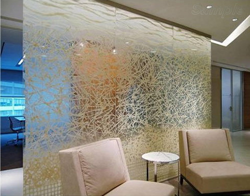 Glass partitions in hotel lobby