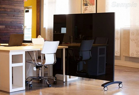 Мобильные стеклянные перегородки - отличное решение для офисного помещения