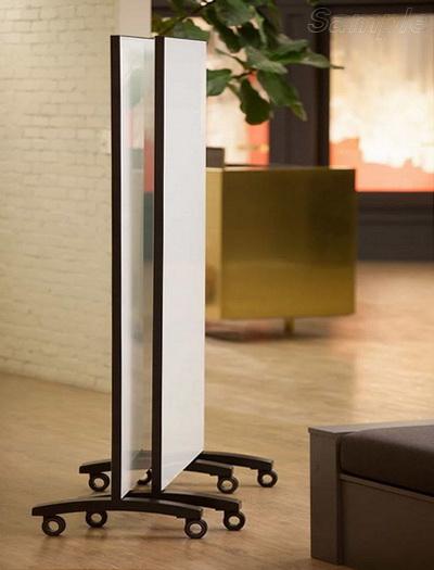 Мобільні скляні перегородки на роликових опорах