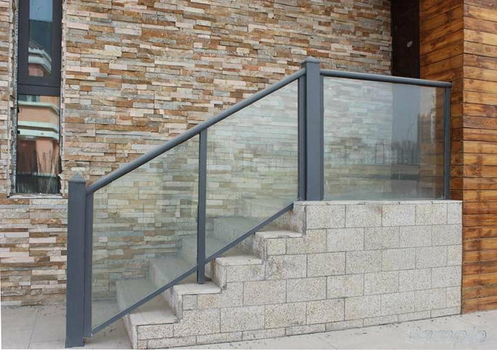 Triplex - glass staircase railing