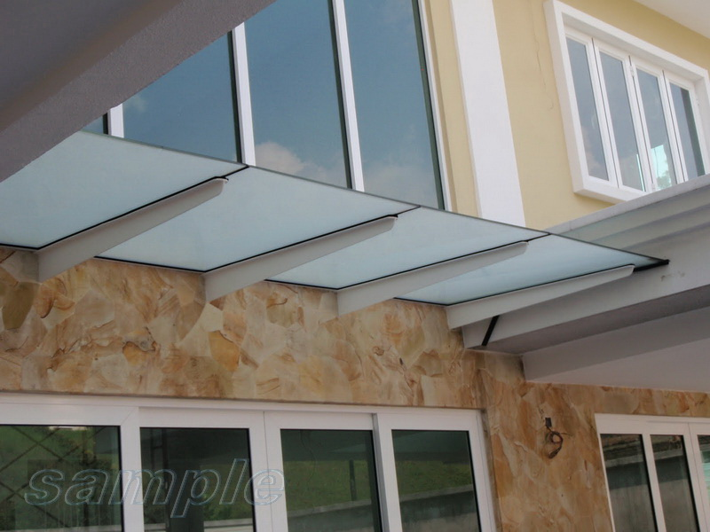 Composite frosted glass canopy on metal cantilevers