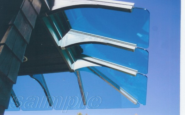 Cantilever mounts of composite glass canopy