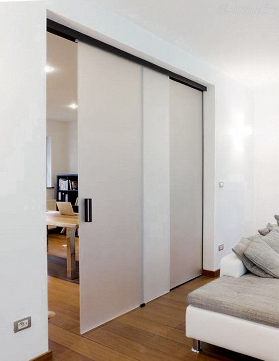 Glass partitions can be used in residential premises