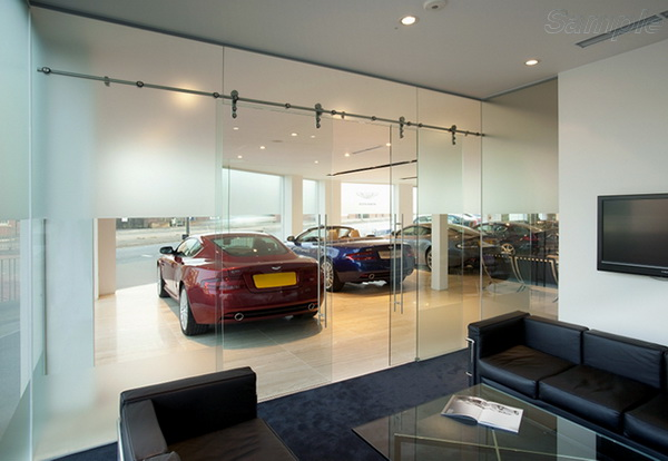Glass partitions can be used in car dealerships and exhibition centers