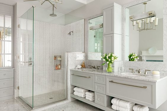 Model SC-02. Corner glass shower cubicle with wall-glass hinges
