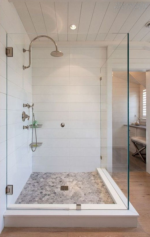 Model SC-02. Corner glass shower cabin with fixed element and hinged door