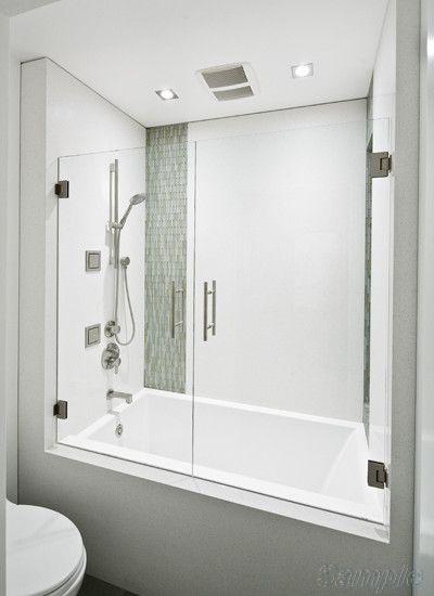 Модель BS-04. Двустворчатая распашная стеклянная шторка для ванны