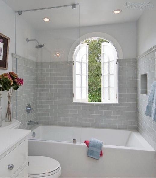Модель BS-01. Фиксированная стеклянная шторка для ванны