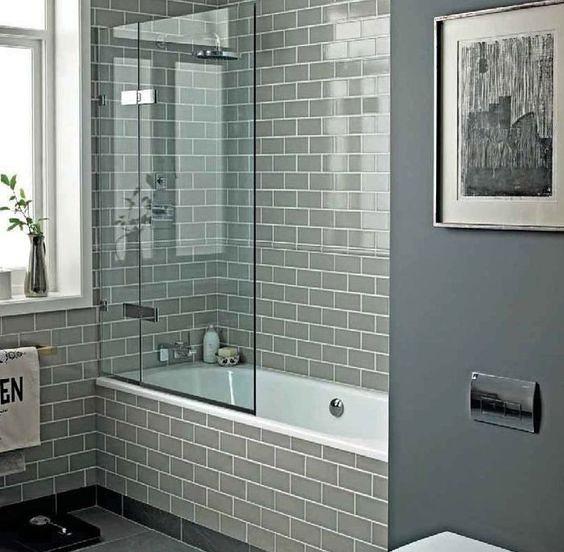 """Шторка из стекла позволит вам сэкономить пространство в небольшой ванной комнате - <span style=""""color: #ffff00;""""> Увеличить!</span>"""
