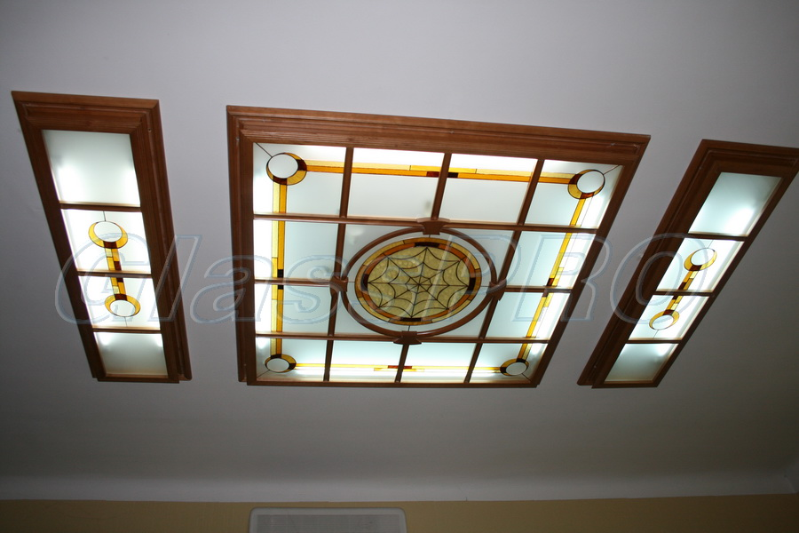 """Витраж Тиффани, подвесной потолок с подсветкой, офис (Киев) - <span style=""""color: #ffff00;"""">Увеличить изображение!</span>"""